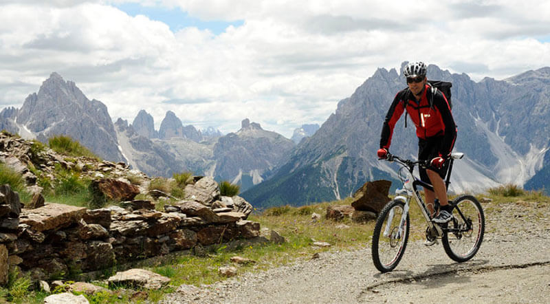 Klettersteig Drei Zinnen : Mountainbike klettersteige drei zinnen dolomites berghotel in